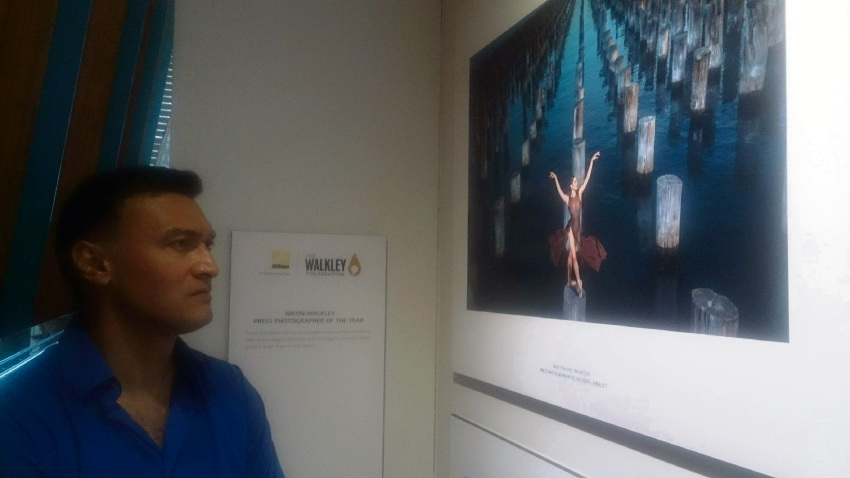 MEAA WA Media Section president Martin Turner viewing Jason Edwards' Ballerina.