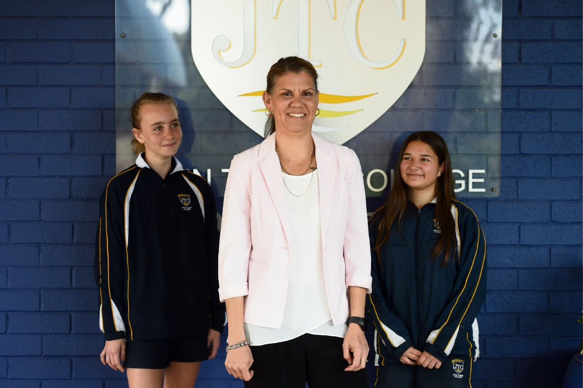Students Alicia Rodney (left) and Larissa De Bono with teacher Isobel Bevis, who is vying for the WA Aboriginal and Islander Education Officer of the year award.