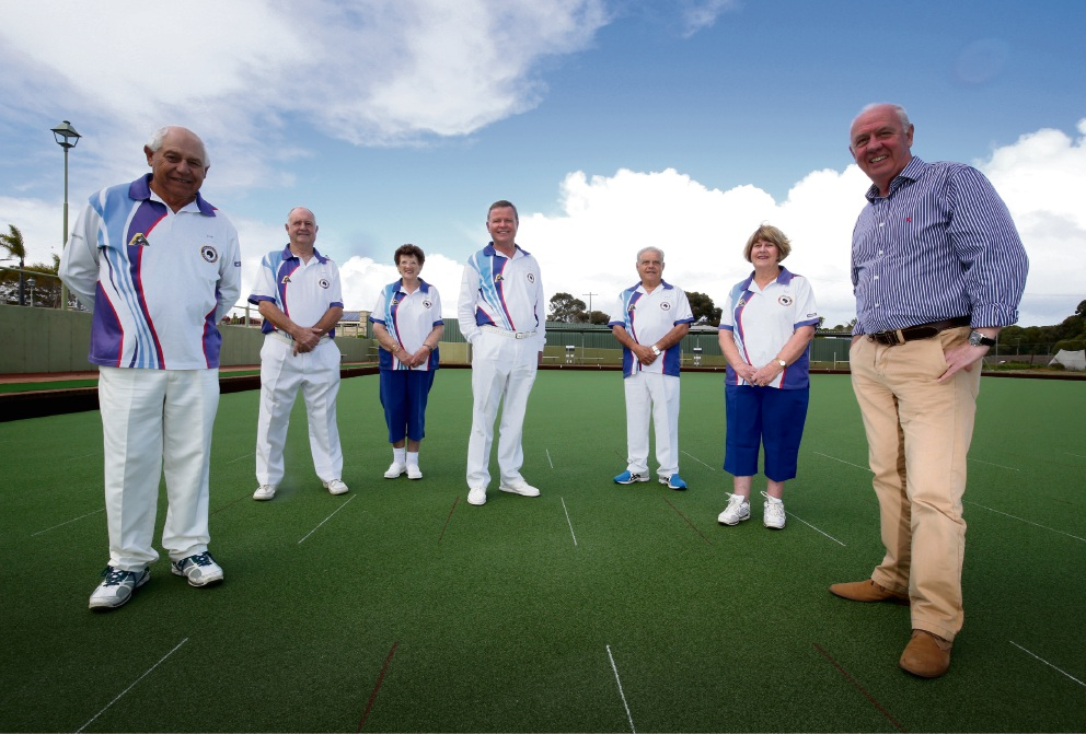 Fran Logan (right) and members of the Spearwood Bowling Club inspect the new surface. Picture: Matt Jelonek    d473069