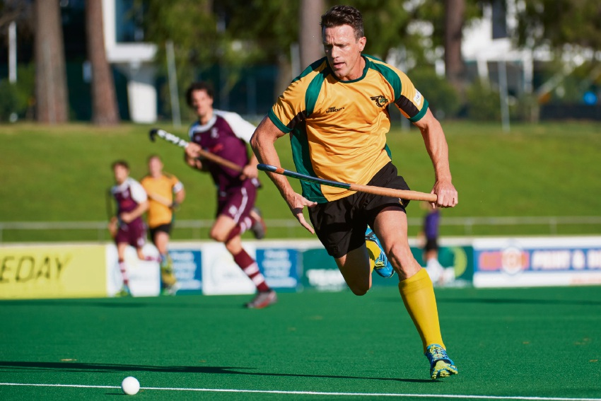 Murray McIntyre in full flight for Wesley South Perth.