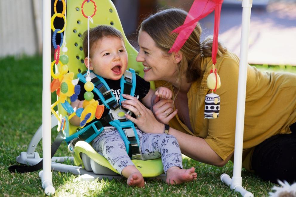 Emma Albert and son Mikey. Picture: Bruce Hunt www.communitypix.com.au d473896