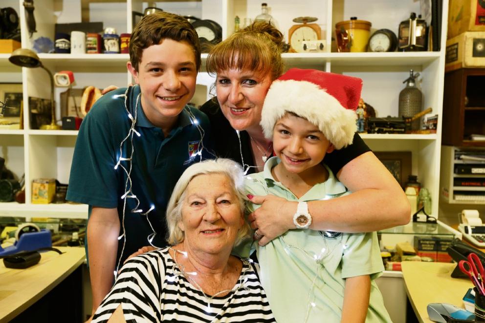 Three generations of Hiddlestones: Blake Muntz (14) with mum Natalie Hiddlestone and Kay Hiddlestone with Tom Muntz (10). Picture: Andrew Ritchie www.communitypix.com.au d462767