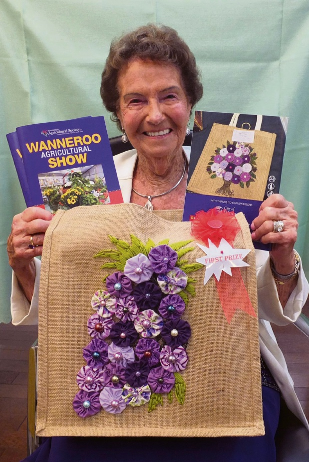 Grace Gale with her prize-winning hessian bag.