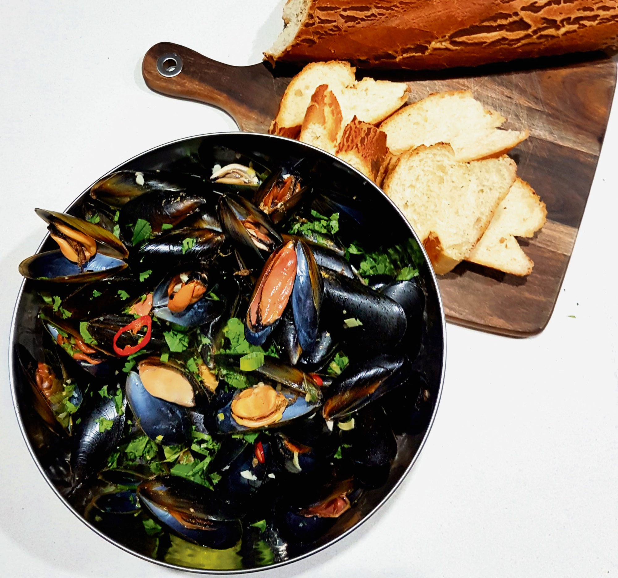 Recipe: chilli and lemongrass mussels, a mild alternative to chilli