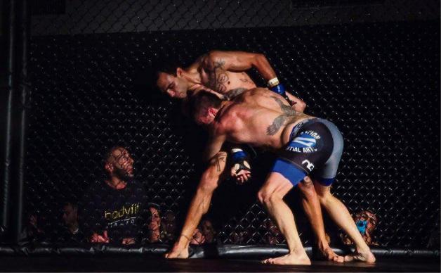 Marcus McKeever (facing) versus Josh Togo. Picture: Hitman Photography