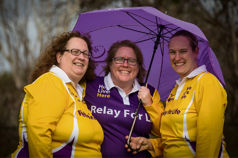 Renee James, Sarah Wiley from the Cancer Council and Anne Northall get set. Picture: Will Russell www.communitypix.com.au   d474207