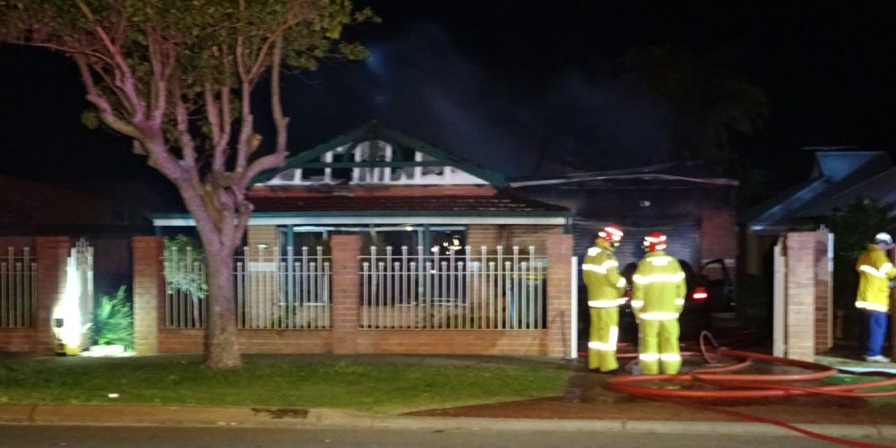 Fire crews at 192 Grand Promenade, Doubleview this morning. Picture: Graeme Powell/Twitter