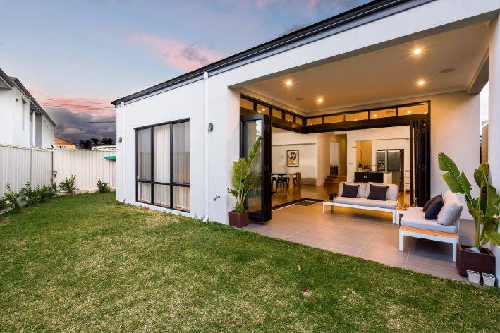 Mt Claremont, 27A Alfred Road – Offers by November 8
