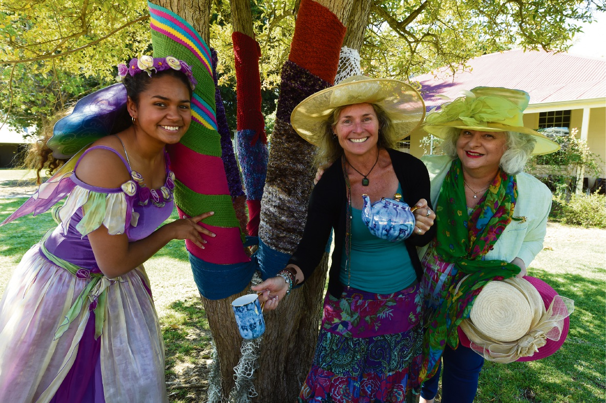 Fairy Shaylah Ryan-Sherriff, Melanie Wheatley and Leslie Orr are ready for Pinjarra Garden Day. Picture: Jon Hewson www.communitypix.com.au d473706