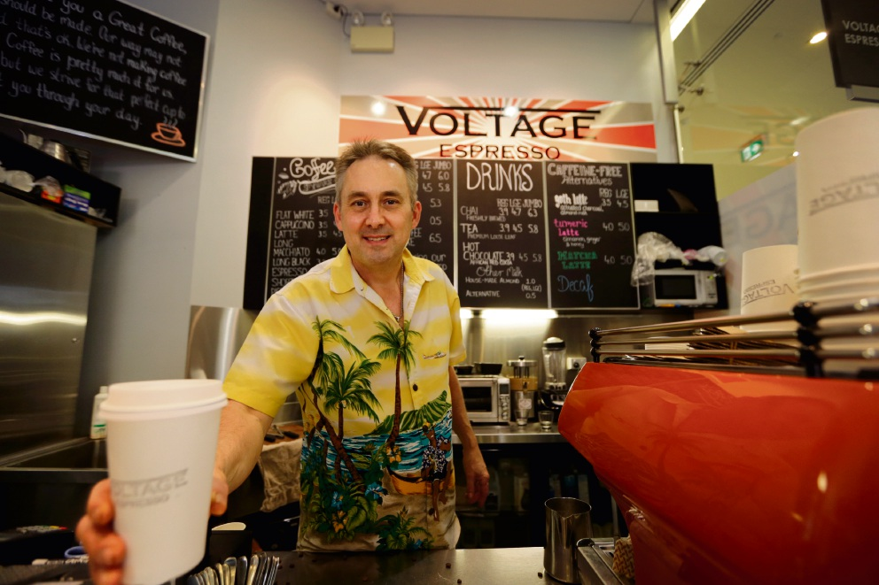 Craig Rainbird owner of Voltage Espresso has been doing it tough so is offering $1 regular coffees on October 19 to in an attempt to bring crowds back. Picture: Andrew Ritchie www.communitypix.com.au d475066