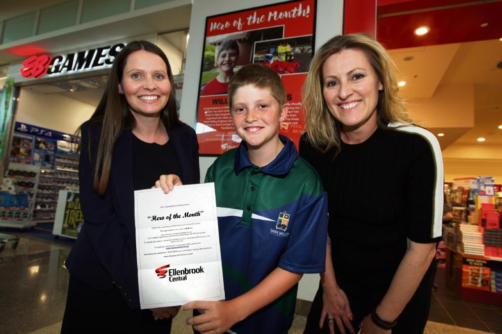 Roisin McDonagh, William Pepperman and Councillor Kate McCullough. Picture: Bruce Hunt www.communitypix.com.au d474829