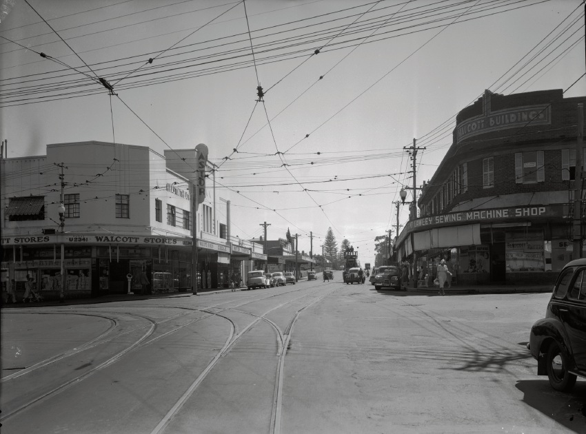 Beaufort Street, Mt Lawley, 1952 (corner Beaufort and Walcott Streets, Mt Lawley). State Library of WA image