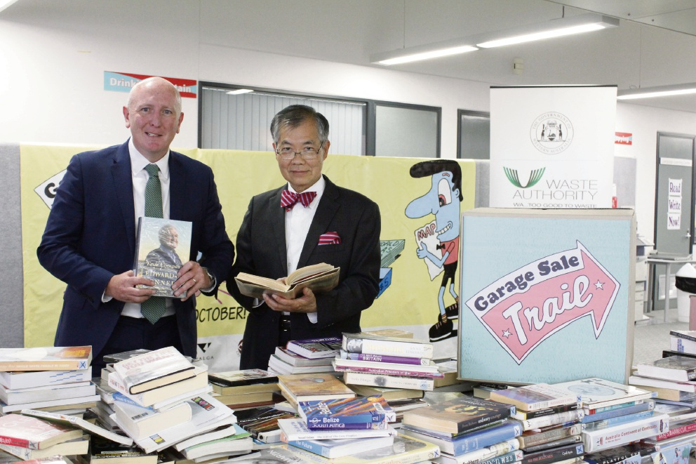 Environment Minister Stephen Dawson and City of Canning Mayor Paul Ng.