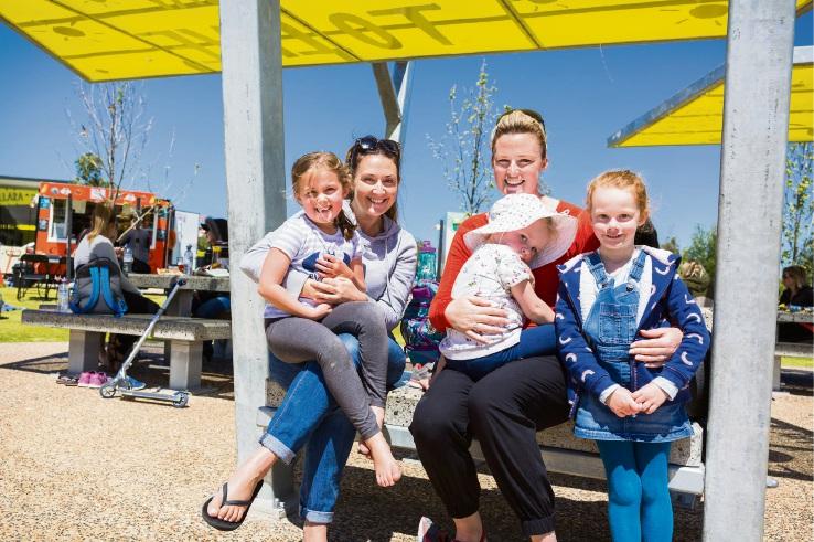 Ava Barrett (5), Jessica Barrett (2), Kristina Reid, Arabella Reid (2), Klara Reid (2).