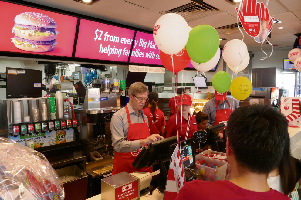 Riverton MLA Mike Nahan was at Riverton McDonalds to serve burgers during McHappy Day.