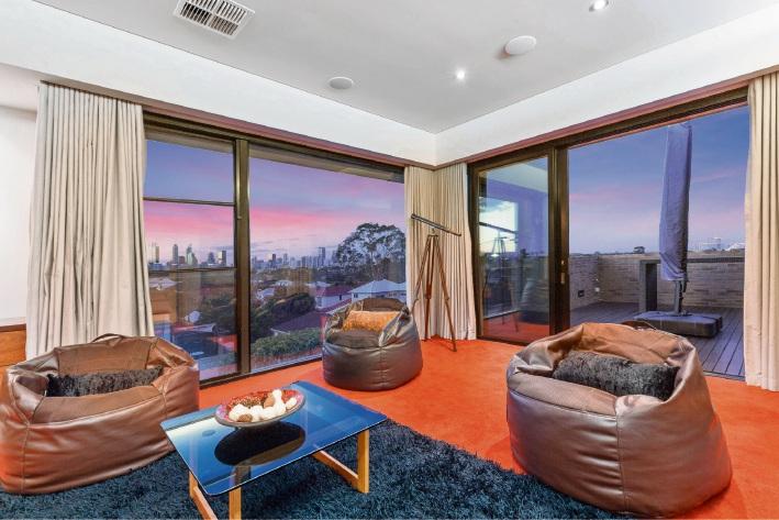 South Perth, 32 Roseberry Avenue – Auction