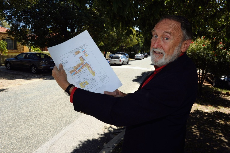 Nedlands Mayor Max Hipkins shows potential new housing densities on Laura Street in Hollywood. Picture: Jon Bassett