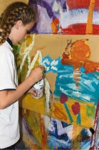 Artist Phil Doncon at Ocean Road Primary School.