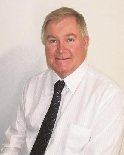 Balga Senior High School principal Geoff Harris has received the prestigious John Laing Award.