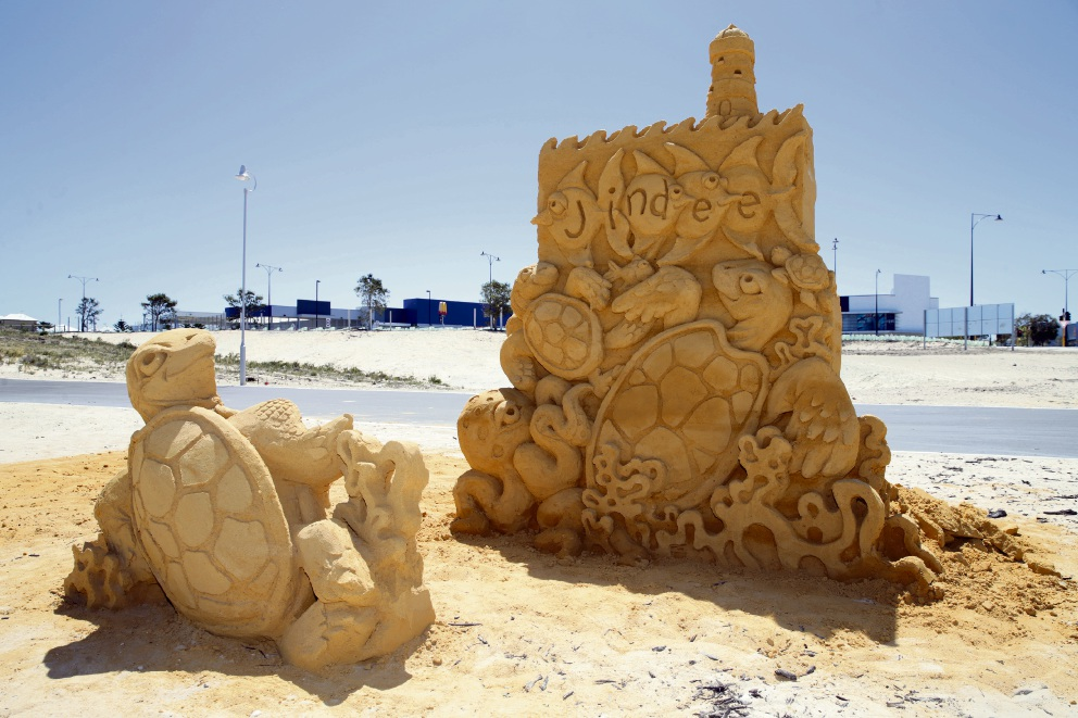Tim Darby's sea life sand sculptures. Picture: Martin Kennealey d475699