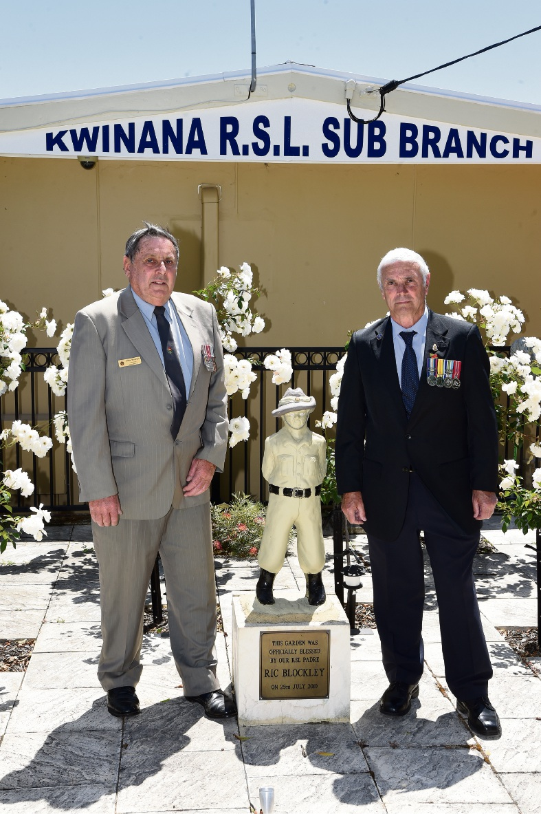 Kwinana RSL sub-branch president Dave Spillman and secretary Terry Rusden at the Kwinana War Memorial. Picture: Jon Hewson www.communitypix.com.au d475381