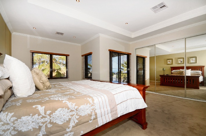 10 Ocean Falls Boulevard, Mindarie – $1.149 million
