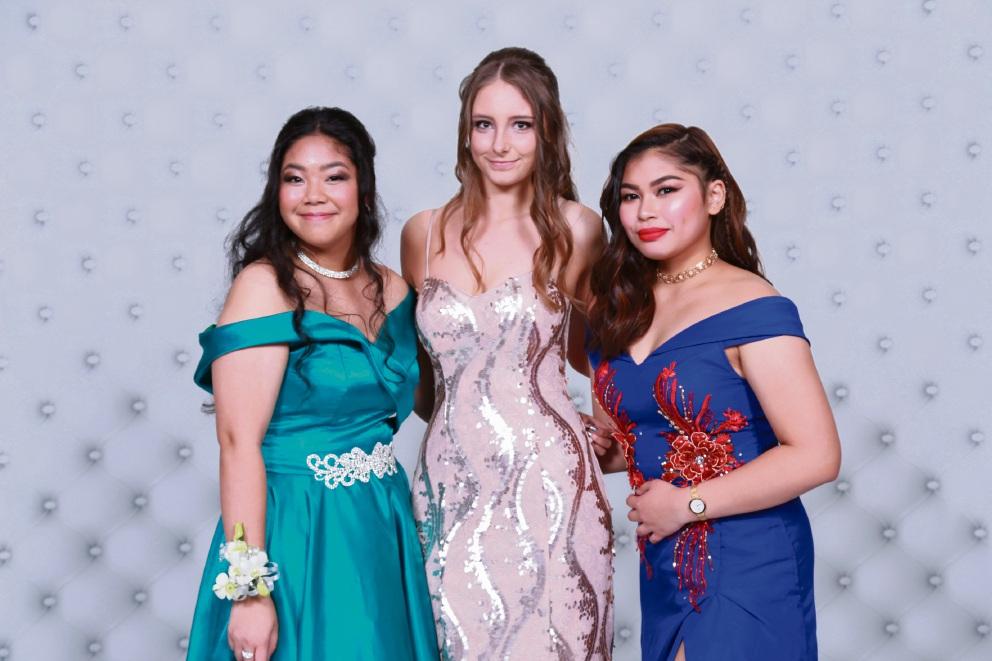 Samantha Suralta, Ashleigh Smith, Regine Gerna. Picture: 3p Photography