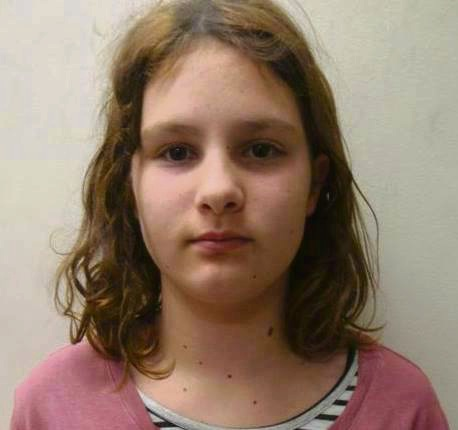 Police searching for 12-year-old girl missing from Aubin Grove Train Station