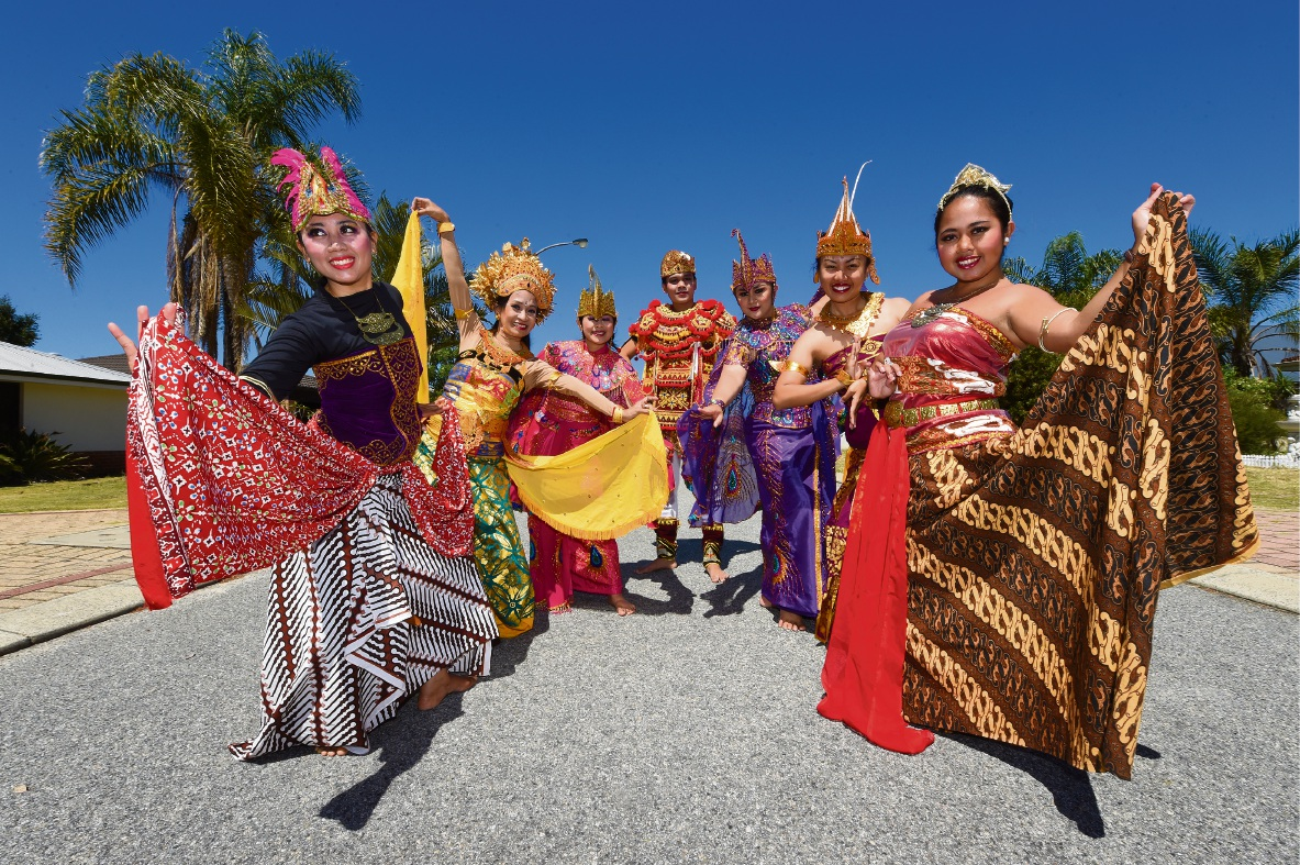 The Salandang Sutra dance troupe will perform at the City of Gosnells' Fusion Festival. Picture: Jon Hewson www.communitypix.com.au   d475924