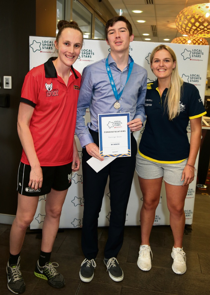 L-R: Toni Farnworth (co-captain of the Perth Lynx), George Dale (Junior Sports Star Individual Central/West) and Aleisha Power (Hockeyroo).