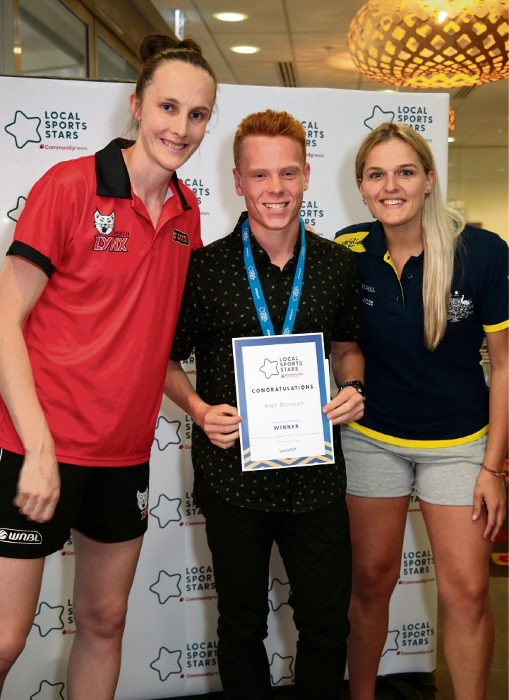 L-R: Toni Farnworth (Co-captain of the Perth Lynx), Alec Davison (Junior Sports Star Individual South) and Aleisha Power (Hockeyroo).