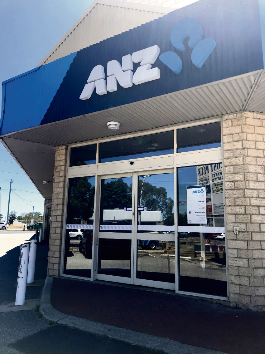 Two Mandurah ANZ branches are closing and a new digital branch is opening