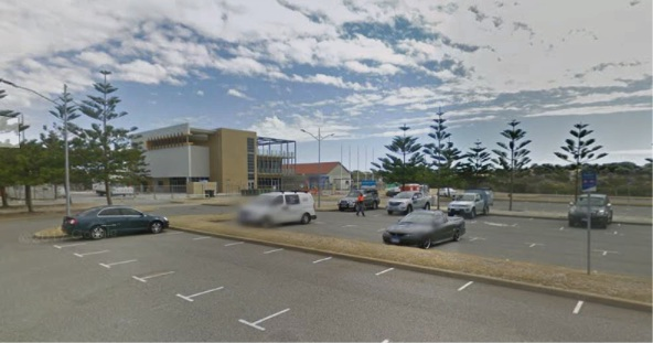 Mandurah police looking for man who committed indecent acts in Secret Harbour beach carpark