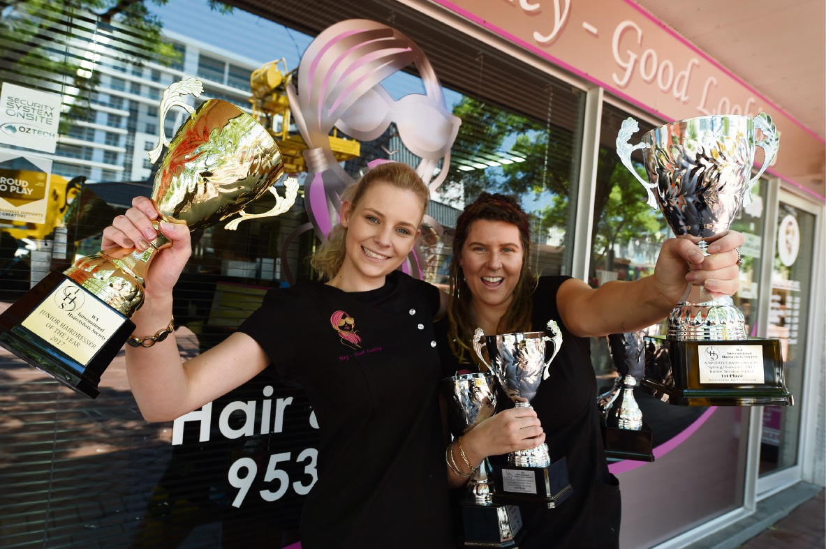 Mandurah hairdressers Jessica Atkins and Taylor Read Picture: Jon Hewson www.communitypix.com.au d476132