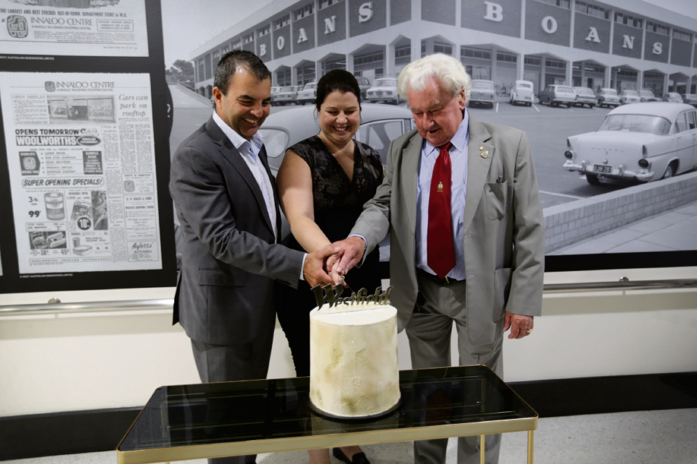 Stirling Mayor Mark Irwin, WA centre group regional manager Kate Holsgrove and Inaugural centre manager Maurice Fawcett cutting the cake. Picture: Andrew Ritchie d476167