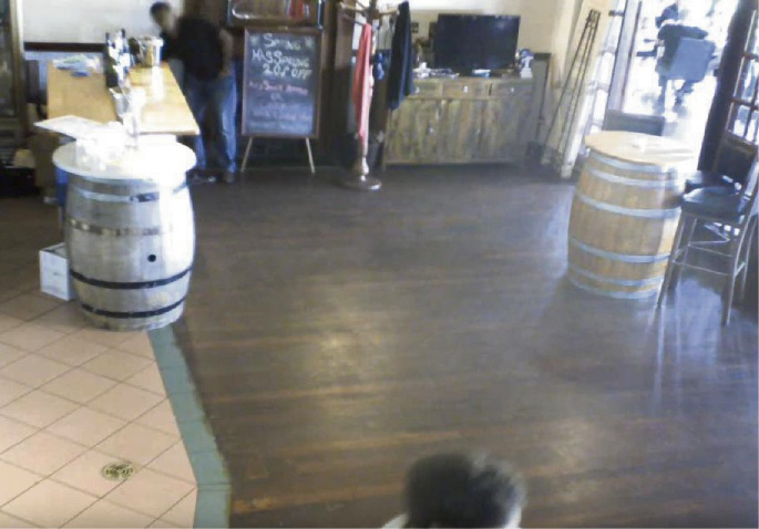 Ellenbrook police looking for man who took staff member's bag from Black Swan Winery