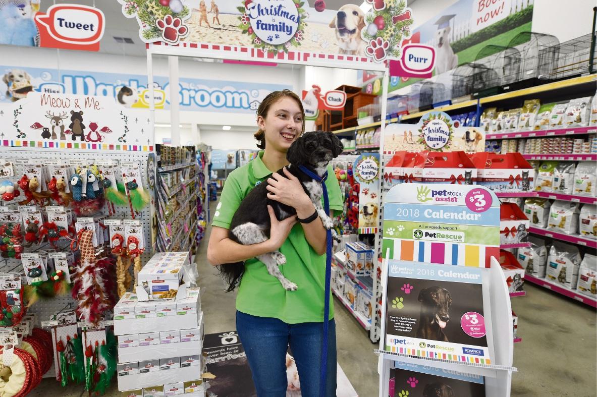 Tamika Cochrane with Coco. Picture: Jon Hewson www.communitypix.com.au d476225