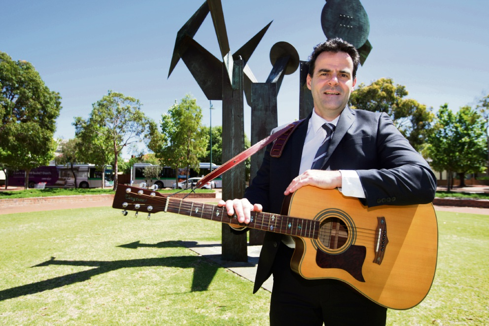 Singing detective to have voice heard on domestic violence at Midland White Ribbon Day march