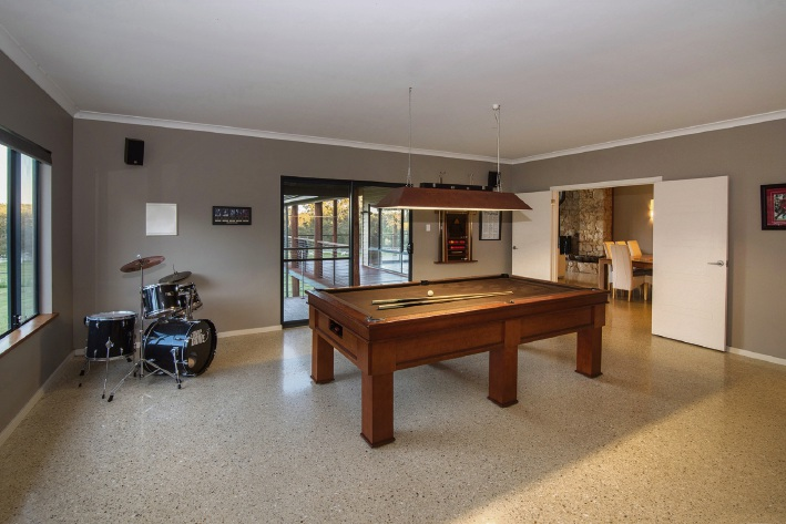 225 Woodbridge Vale, Yallingup – $1.395 million