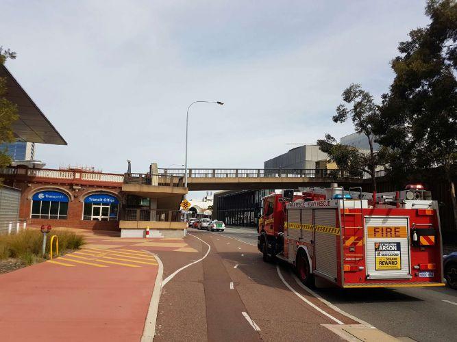 """Perth train station evacuated over """"false alarm"""""""