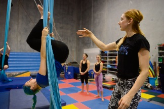 Student on silk Cassandra Martin-Smith and Canadian Cirque du Soleil artist Antonia Dolhaine.