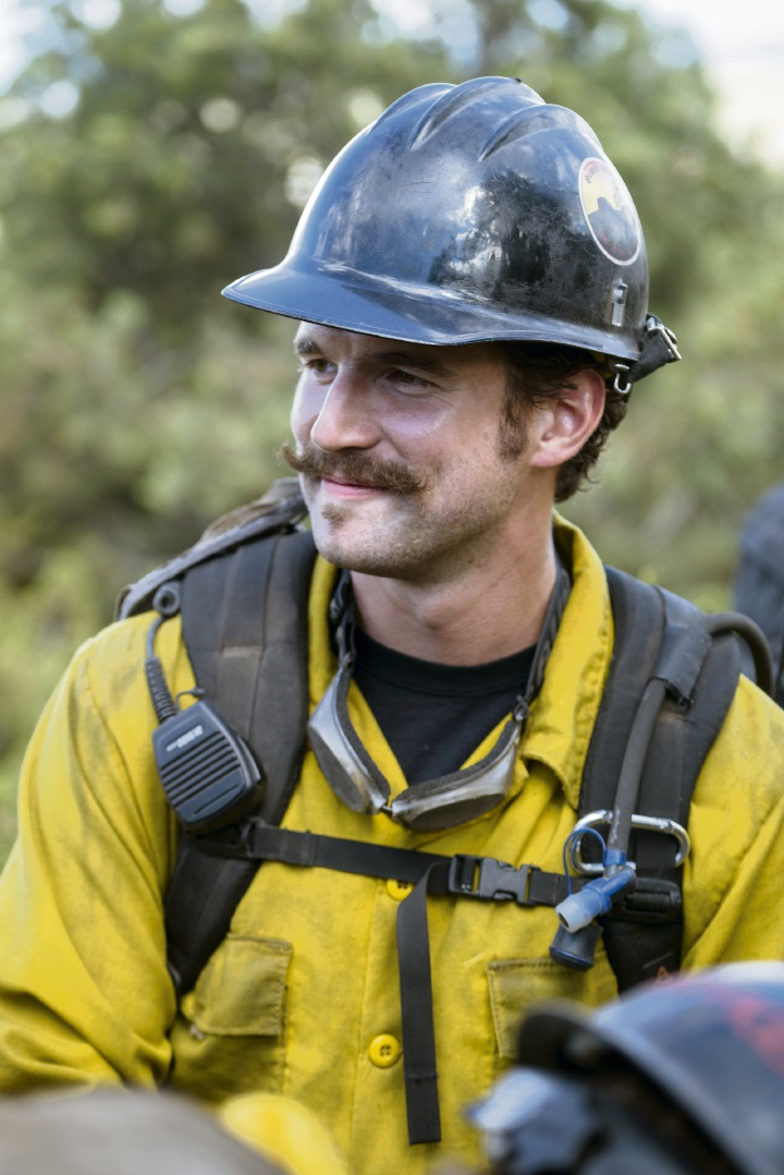 Alex Russell in Only The Brave.