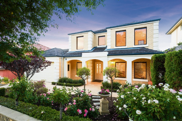 15 Greenberry Close, Mt Claremont – $1.3 million