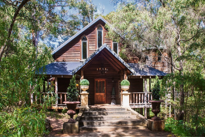 Margaret River, 5903 Caves Road – $2.495 million