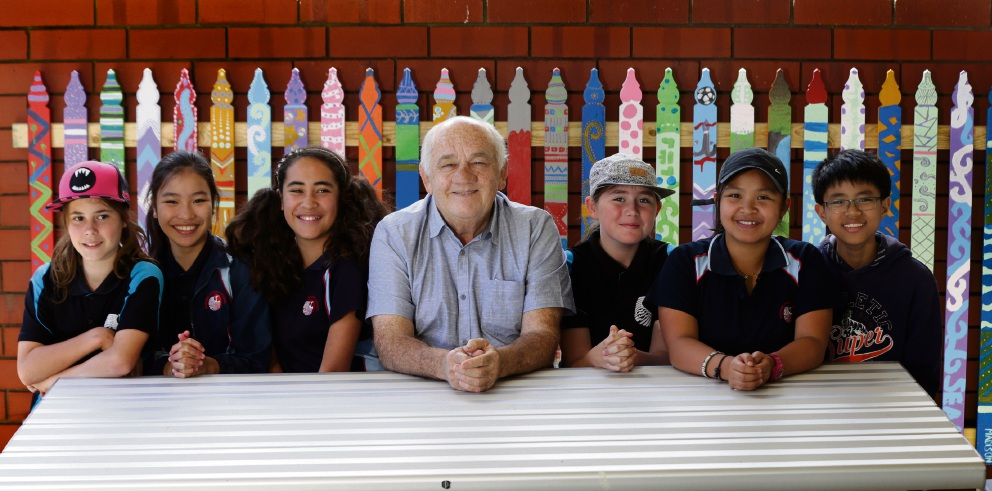Teacher Ronald Addison with Year 6 students Lacey Paruscio, Rosanne Zamora, Tylah-Belle Te Pair, Trinity Jones, Vivien Santos and Keanu Kee. Picture: Martin Kennealey www.communitypix.com.au   d476752
