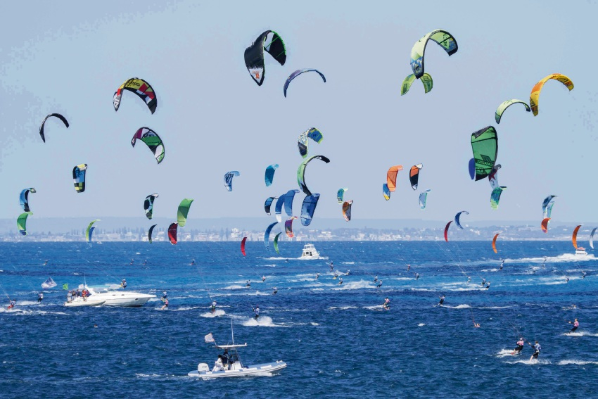 Locals to compete against world's best at Lighthouse to Leighton Kiteboard Race
