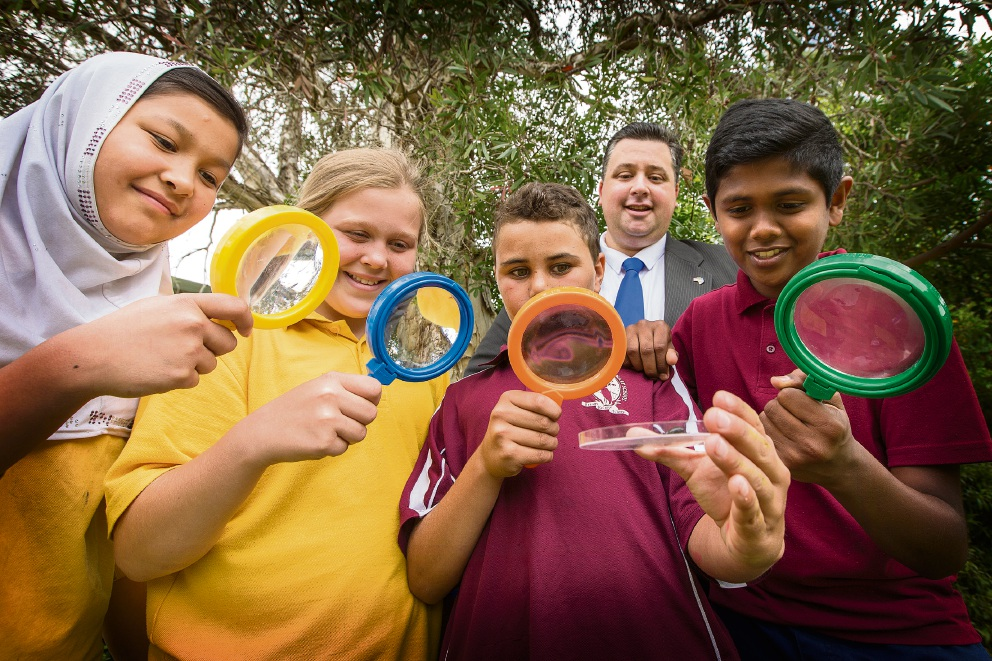 Ashburton Drive Primary School rewarded for science ...