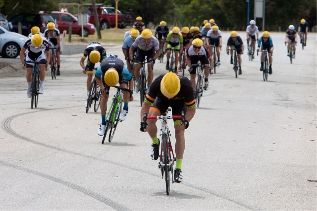 Cold winds blow for Peel Districts Cycling Club criterium