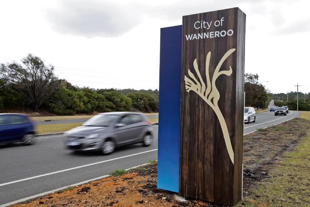 Installation of City of Wanneroo's entry statements underway