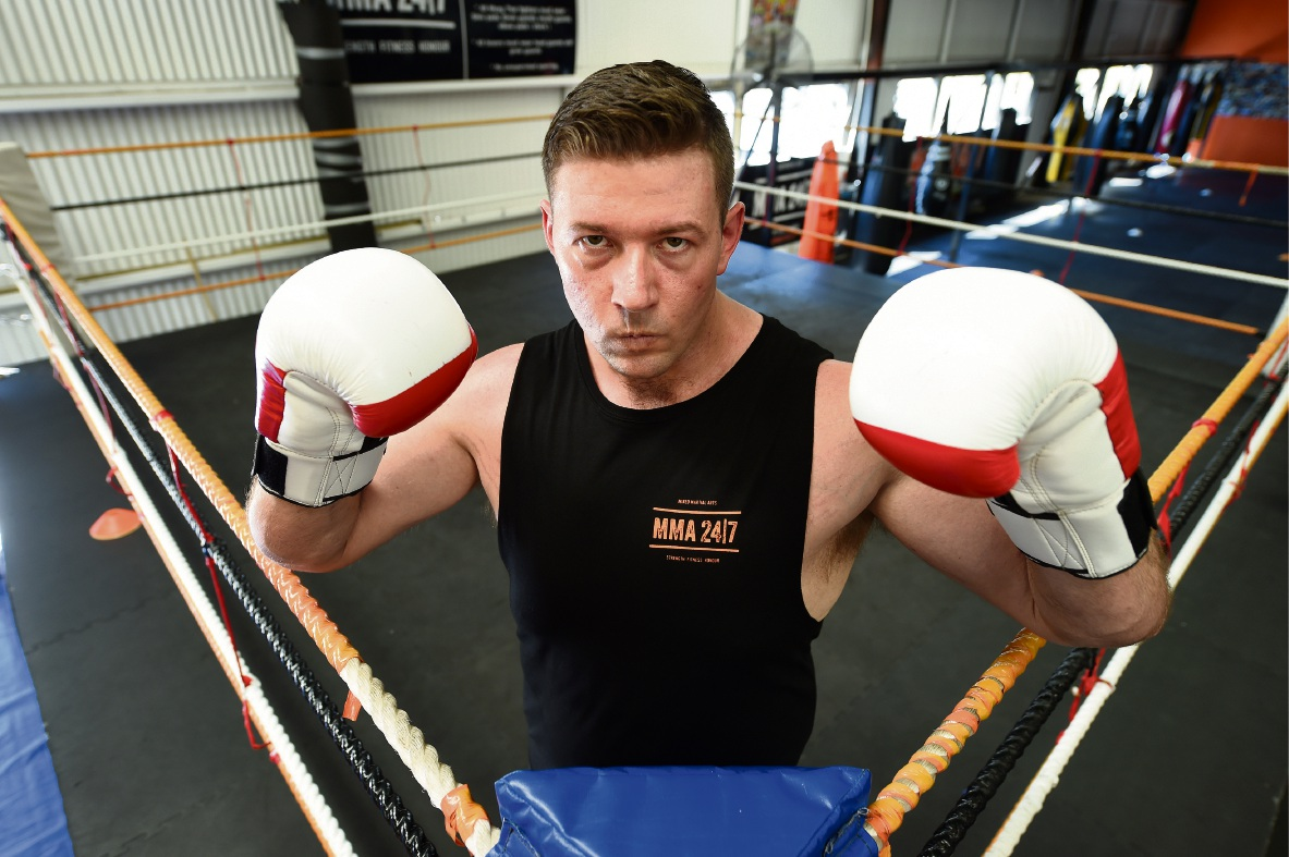 Rivervale wrestler-turned-boxer wants to make it big in the ring